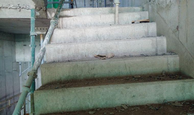 cầu thang cốp pha nhôm